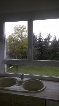 fenêtres oxillo battant deux vantaux  avec sous bassement cuisine